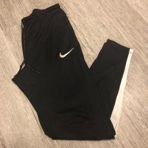 "Nike Dri-Fit Leggings Black Inseam 28"""